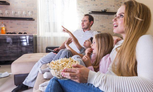 Se film i julen i en god hjemmebiograf